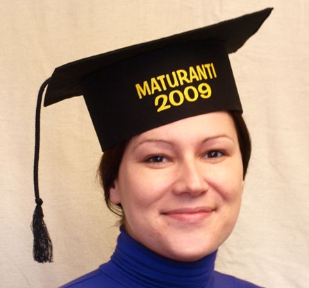 Diplomantka kapa, maturantska kapa črna